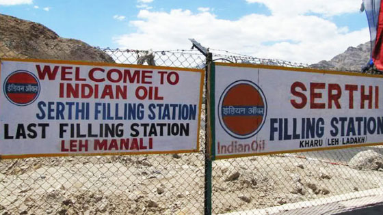 filling stations on road trip to leh ladakh