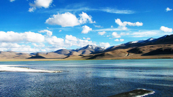 Things to carry on Leh Ladakh road trip